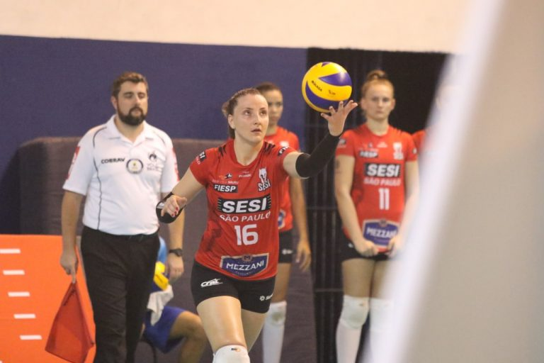 Superliga feminina: Penúltima rodada tem confronto entre Pinheiros e Sesi Vôlei Bauru. Foto: On Board Sports